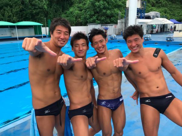 ▲中華隊、日本水球代表隊員。(圖/翻攝自Taiwan Waterpolo national team Facebook)
