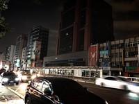 ▲▼ 815全台大停電,台北市區陷黑暗。(圖/記者陳弘修攝)