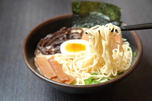 日本名店拉麵為何比力貴? 業者說這三大理由
