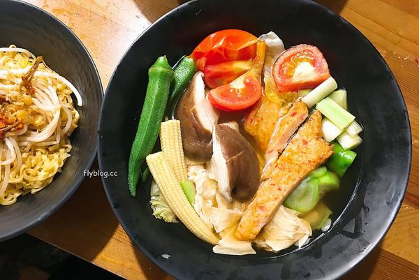 台中日式屋台 超人氣清爽蔬菜關東煮!