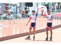 ▲▼台北世大運滑輪溜冰男子10000計點淘汰決賽。陳彥成,柯福軒(圖/記者李毓康攝)
