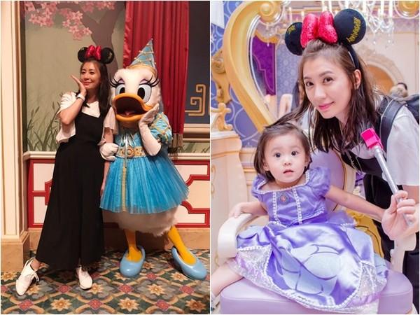 賈靜雯、修杰楷、咘咘、梧桐妹到迪士尼玩。(圖/翻攝自賈靜雯臉書)