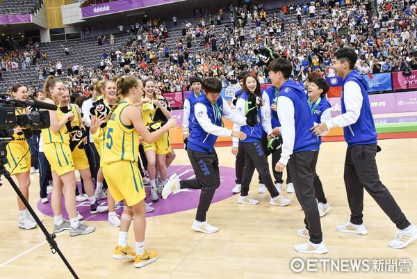 澳大利亚女子足球联赛_韩国ogn女子战队联赛_澳大利亚棒球联赛