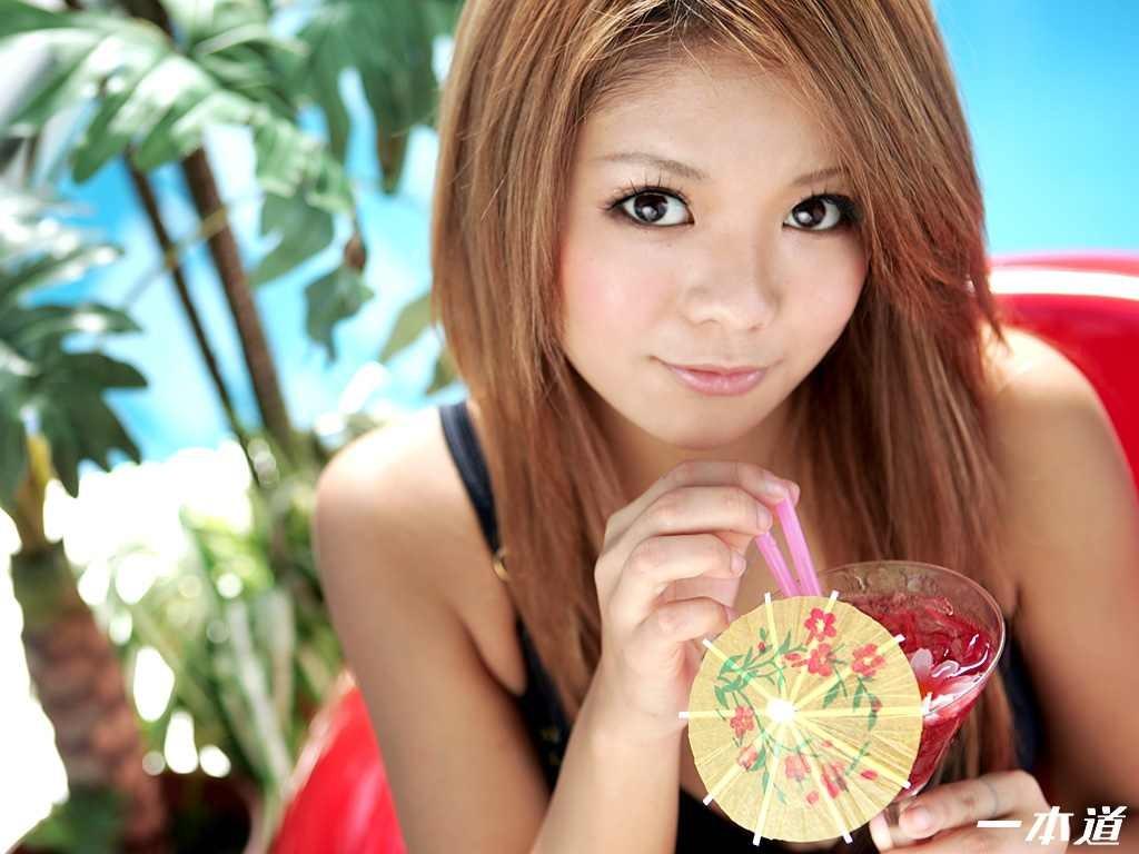 日本美女人体4p_日本成人影片公司「一本道」2010年12月25日发行的「model