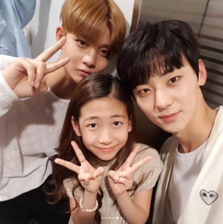 ▲▼人生勝利組!10歲妹妹追星成功 Wanna One:看到妳好神奇(圖/翻攝自朴敏荷IG)