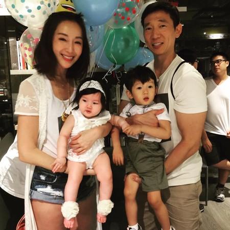 ▲隋棠2歲兒超寵妹。(圖/翻攝自隋棠臉書)