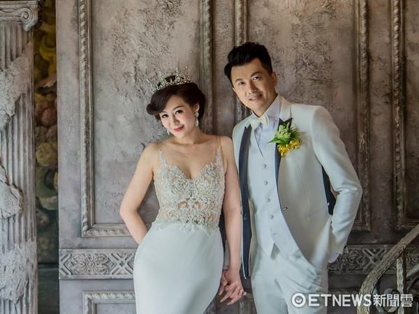 ▲文汶和吳皓昇拍婚紗。(圖/艾葳婚紗提供)