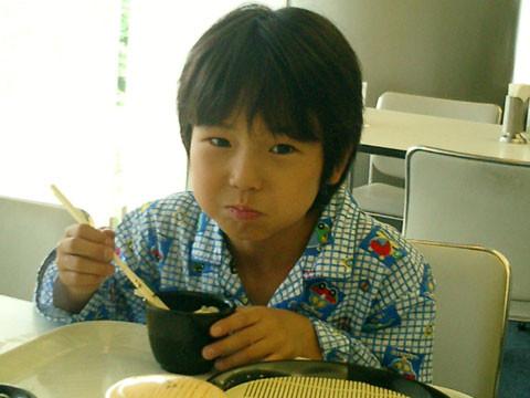 ▲齋藤隆成7歲出道,精湛早熟的演技被封為「天才童星」。(圖/翻攝自日網)