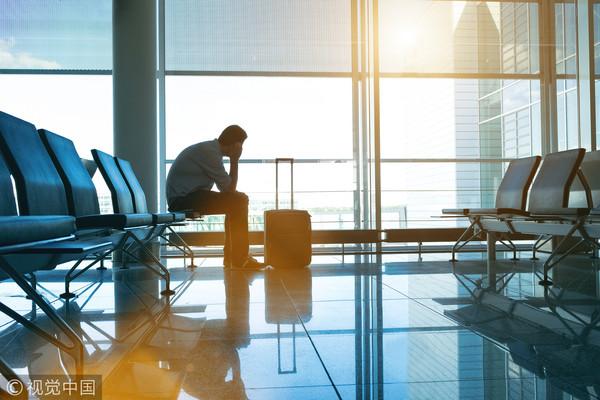 ▲機場,限制出境,機場,飛機,登機,行李箱,出國旅行。(圖/視覺中國CFP)