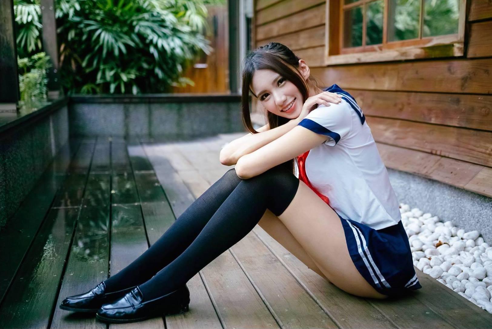 正妹口交网_台湾「校花级正妹」轰动日本 标题激赞:美到跪了