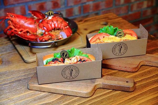 食尚玩家推荐美食,采用手工制作的面包,独特配方,搭配里头满满的龙虾