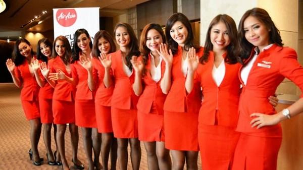亚洲制服下载_大马廉航「亚洲航空」的空姐制服被批评 「过於暴露及挑起乘客性欲