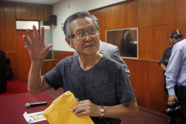 秘鲁前总统藤森获特赦 传现任总统因此免受弹劾