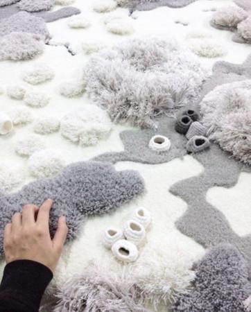 用地毯装下海洋 多工法的珊瑚礁编毯 让你躺出温暖的清新风