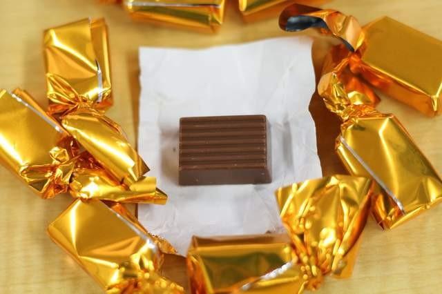 情人节/给名字买!tenga「女生杯巧克力」,挖开女生是甜的pp飞机味道图片
