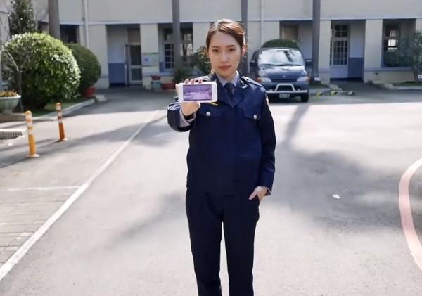 「文化天海佑希」曝光!穿新制服美翻警界心跳网友美女图片