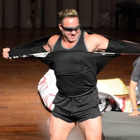 比利海灵顿身世起底! 2年前来台「与粉丝摔跤」