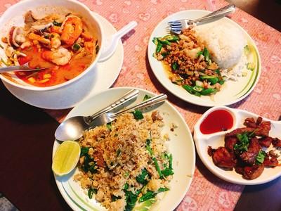 桃園道地平價泰式料理 假日還有100元吃到飽!