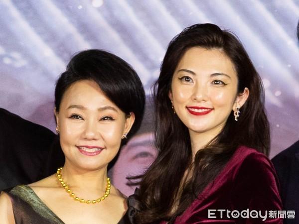 比手都大的逼_田中丽奈遭台导演逼戏「连跪20次」 吕雪凤泪崩:我不是台湾人了