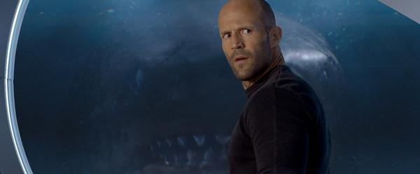 李冰冰,杰森史塔森对抗深海威胁图片