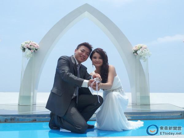 龙洞蓝天碧海见证新人幸福 可爱双鲸旁宣示yes i do