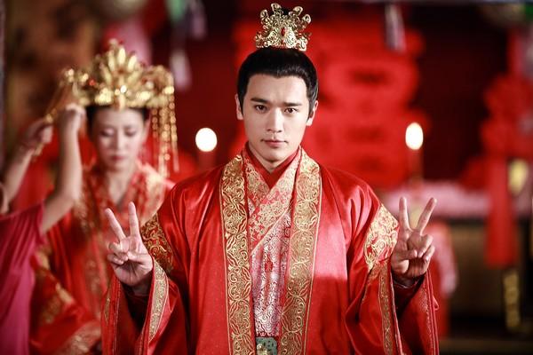 13年9月拍《失宠王妃之结缘》.(图/翻摄自高云翔工作室)-高云翔