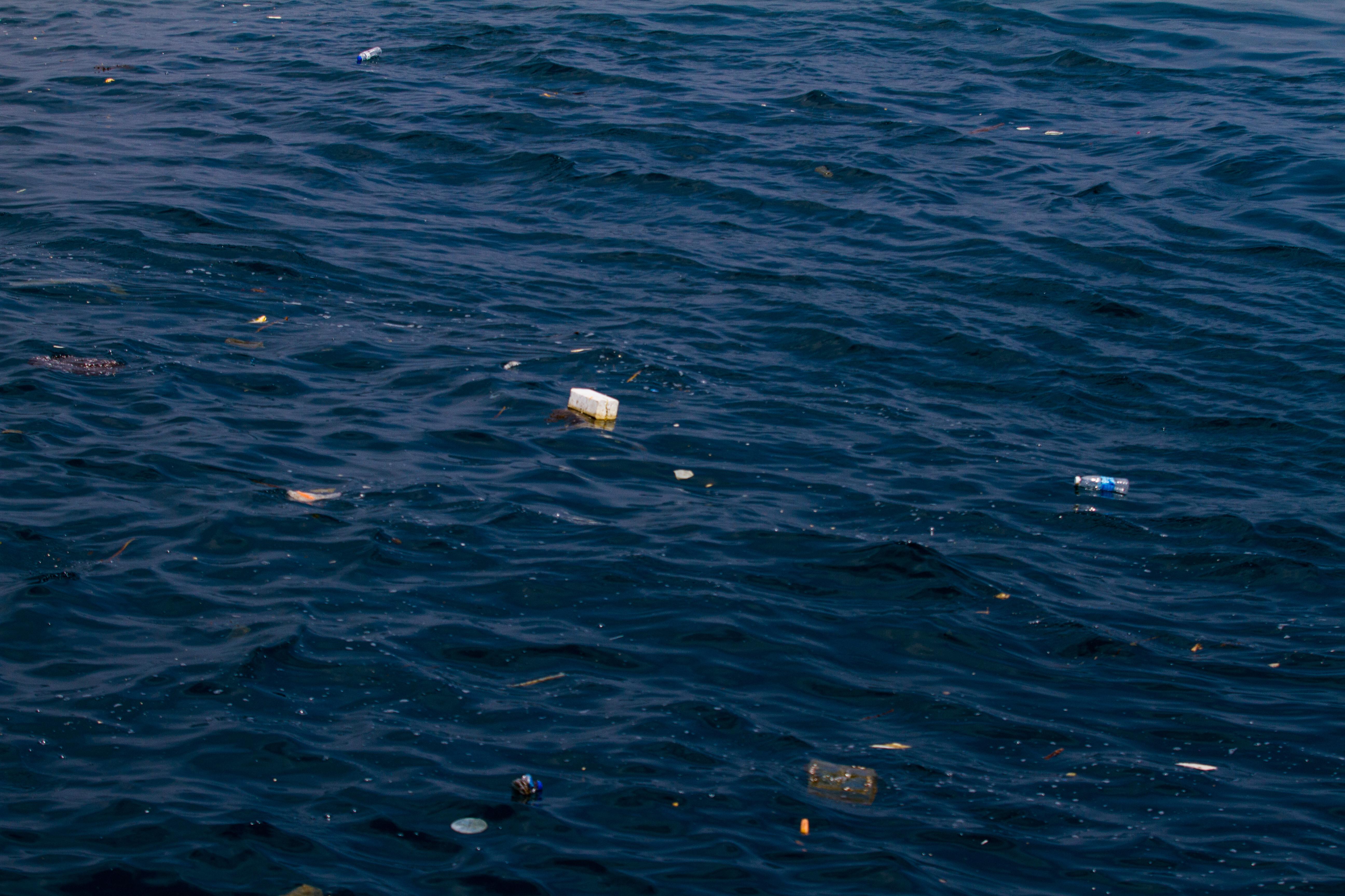 海漂垃圾.(图/黑潮海洋文教基金会提供)