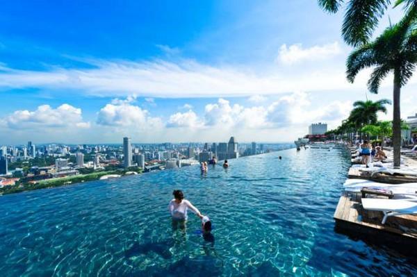 是许多旅客到新加坡必去的景点.(图/取自滨海湾金沙粉丝团)-360
