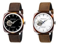 ▲周冬雨戴Briston錶(圖/品牌提供)
