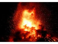 ▲▼瓜地馬拉火峰火山11月爆發。(圖/路透社)