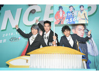▲?#23229;O協志 王仁甫 許孟哲5566演唱會售票記者會。(圖/記者張一中攝)