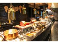 ▲漢來海港高雄創始店全面升級不加價 取餐攻略看這裡。(圖/記者黃士原攝)