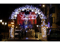 ▲▼法國史特拉斯堡聖誕市集附近發生槍擊。(圖/路透)