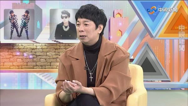 曹西平曾月赚280万元妈过世变调兄弟弃养父独扛债