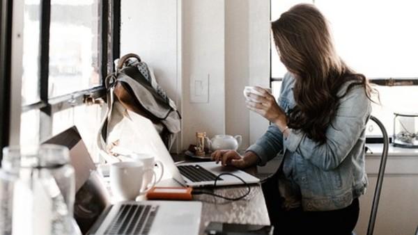 極在意別人感受又需要獨處嗎?你可能是世界人口1%的「作家型人格?#26775;?#31034;意圖/免費圖庫 pixabay)