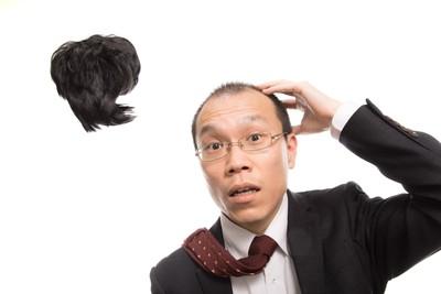 日本調查終極2選1 另一伴是「窮帥哥還是富禿頭」 請選擇!