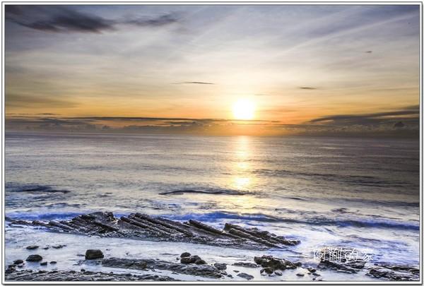 太阳从海平面升起