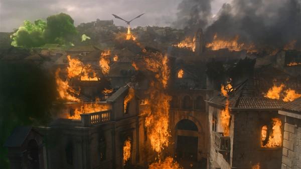 龙后被问:满意《冰与火》结局吗?嘴角抽动「呃⋯」观众全懂了 - ETtoday 新闻云 -d4091004