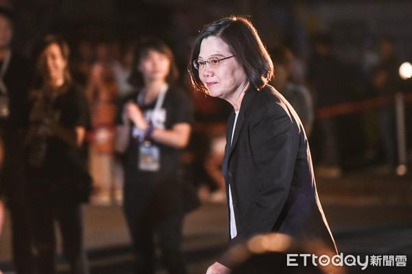 ▲總統蔡英文出席「國慶總統府光雕展演」點燈儀式。(圖/記者林敬旻攝)