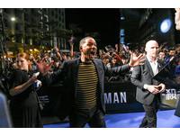 ▲電影《雙子殺手》首映會,威爾史密斯抵達受到粉絲歡迎。(圖/記者林敬旻攝)