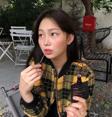 韩国Stimmung口袋唇釉爆红