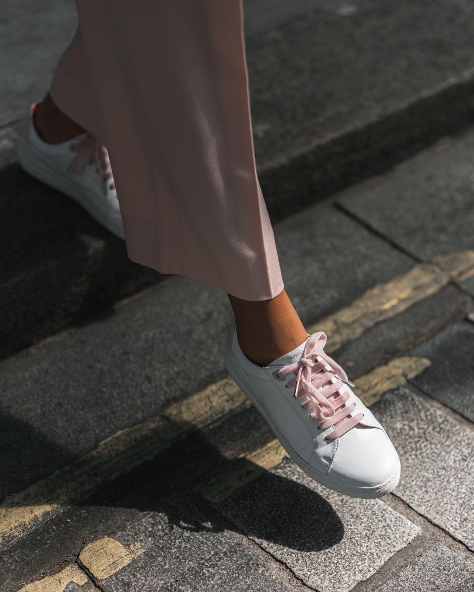 粉红丝带小白鞋、FILA复古老爹鞋