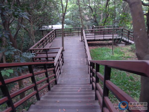 圆山风景区朝自然生态环境进行规划,另中山区剑潭里也为全国低碳社区