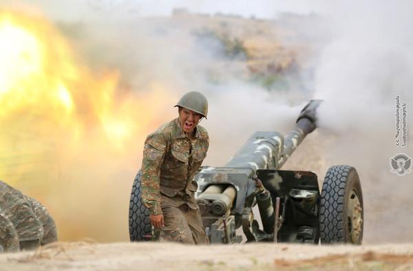 砲彈突襲來!亞美尼亞1000士兵瞬間炸飛 「橫屍遍野」影片曝光