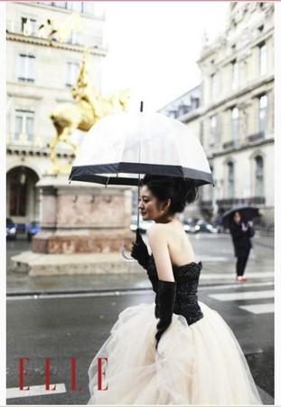 ▲安以轩乐到法国巴黎参加时装周活动、并为国际知名杂志《ELLE》图片