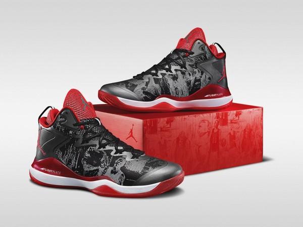 然跃上篮球鞋 Nike灌篮高手鞋款18日上市