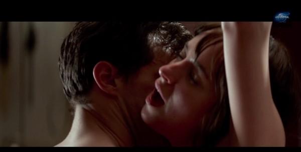 欧美激情性爱毛片_达珂塔强生和洁米多南的激情床戏画面,已在《格雷的五十道阴影》