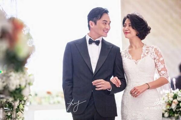 仪和张智霖结婚14年,儿子越来越帅,粉丝笑赞拥有2大男神.(图/图片