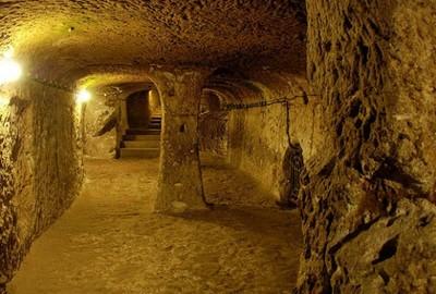 男子裝修自宅,意外發現古代地下都市