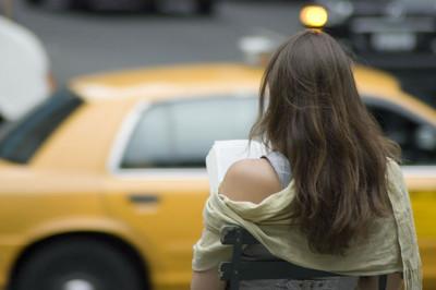 日本「陣痛計程車」讓媽們安心生孩去